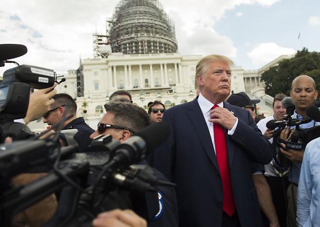 politics-tie-tradition-donald-trump-president-obama-2-1478679193_660x0